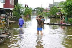 ชาวบุรีรัมย์ ริมแม่น้ำมูลอพยพหนีน้ำ !!