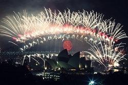 บรรยากาศเฉลิมฉลองปีใหม่ทั่วทุกมุมโลก!!