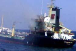 ไฟไหม้เรือสินค้าเขมร ลูกเรือตาย 4