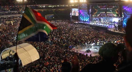 แอฟริกาใต้จัดคาร์นิวัลฉลองส่งท้ายบอลโลก