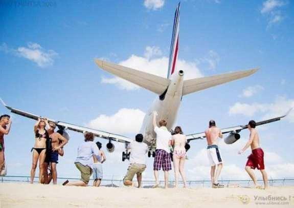 สนามบินสยองขวัญ!!! เครื่องบินโดยสาร ขึ้นลงเรี่ยหัว
