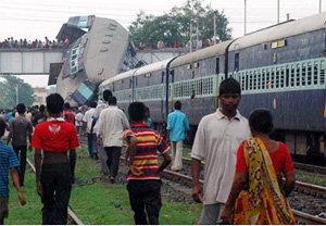 ช็อค! รถไฟอินเดียประสานงา ดับ61 เจ็บอีกเท่าตัว