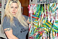 แรง! ศิลปินสาวมะกันใช้นมวาดรูป