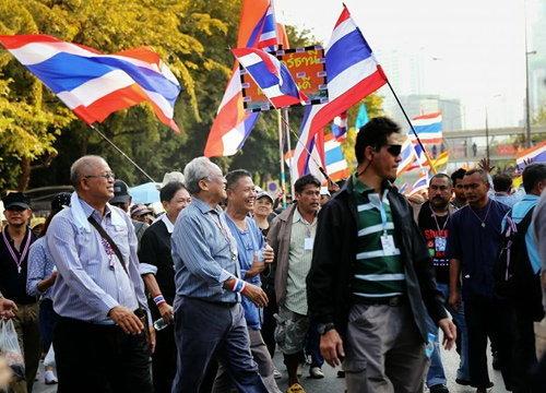 รบ.ฟิลิปปินส์ยกระดับเตือนมาไทย-พร้อมอพยพ