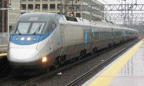 โศกนาฏกรรม รถไฟโดยสารสหรัฐตกราง เสียชีวิตแล้ว 5