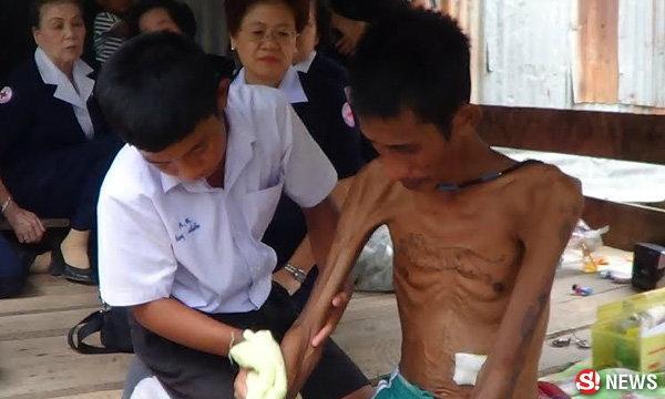 เด็ก ม.2 ลูกกตัญญู ปรนนิบัติพ่อป่วยมะเร็งระยะสุดท้าย