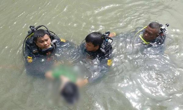ระทึก! คนจมน้ำคลองประปาหายตัว ไทยมุงคลุ้มคลั่งโดดตาม