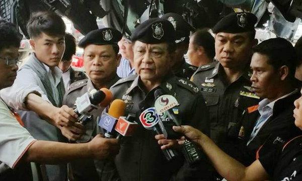 พล.ต.อ.ประวุฒิ ถาวรศิริ ลาออกจากราชการตำรวจ