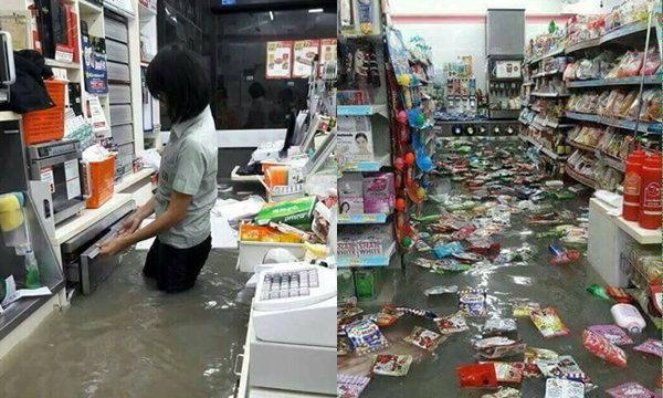 แชร์กระหน่ำ! เซเว่นเมืองพัทยาน้ำทะลักเข้าร้าน ท่วมหนักมาก