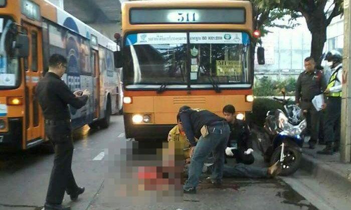 ชายข้ามถนนตัดหน้ารถเมล์สาย 511 เบรกไม่ทันทับหัวดับ