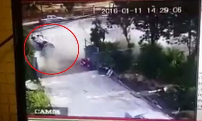 บีเอ็มฯ ชนสปอร์ตไรเดอร์ สาวกระเด็นออกนอกรถ เจ็บ 3 ดับ 1 ศพ