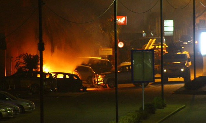 กลุ่มติดอาวุธโจมตีโรงแรม กลางเมืองหลวงของบูร์กินาฟาโซ