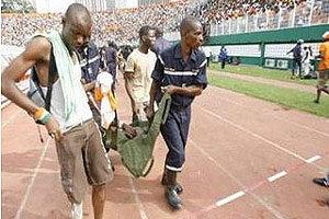 แฟนบอลไอวอรี่โคสต์ชมบอลโลกคัดเลือกเหยียบกันตาย 22 ศพ