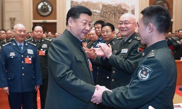 สี จิ้นผิง เน้นย้ำ ให้กองทัพฯ สานสัมพันธ์ใกล้ชิดประชาชน