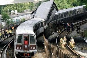 เกิดเหตุรถไฟใต้ดินกรุงวอชิงตันชนกัน ตายแล้ว 6