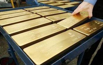 ราคาทองคำพุ่งแตะสถิติใหม่ 1,140 ดอลลาร์สหรัฐ