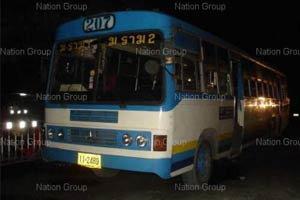 รถเมล์สาย 207 ซิ่งสยองทับช่างสีดับคาที่