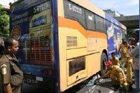 รถเมล์ยูโรสาย76ทับหนุ่มเสียชีวิตคาที่