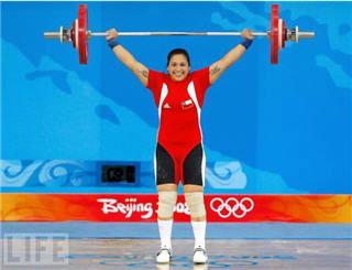 นักกีฬายกน้ำหนักชิลีคลอดลูกโดยไม่รู้ตัวว่าตั้งครรภ์