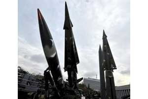 เกาหลีเหนือพร้อมทั้งเจรจาและทำสงครามกับสหรัฐ