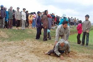 เรือโดยสารข้ามฟากล่มในเวียดนาม มีผู้เสียชีวิตถึง 40 คน