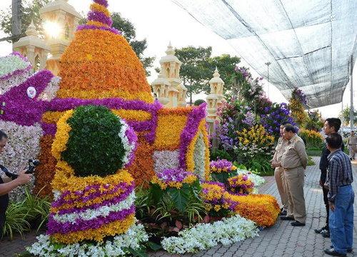 นครปฐมเปิดงานมหกรรมกล้วยไม้-ไม้ดอกไม้ประดับ