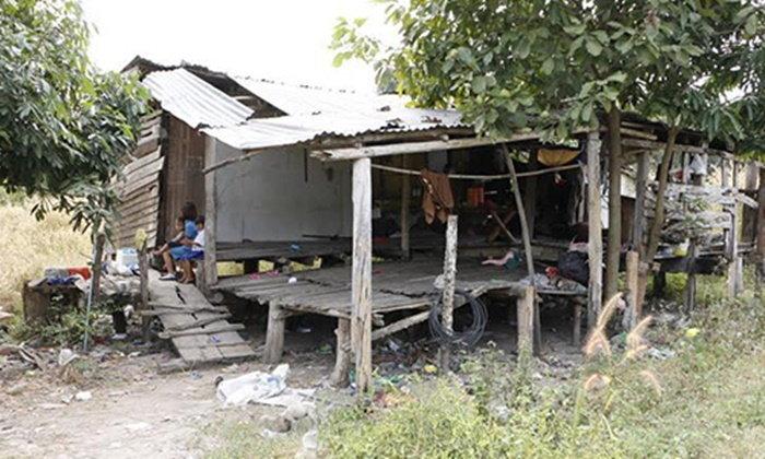 กำแพงเพชรวอนช่วยเด็ก 3 คน พ่อไม่มี แม่ถูกจับ