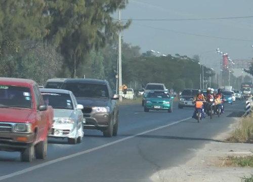 ถนนสายเหนือมีรถมากจนท.อำนวยความสะดวก24ชม.