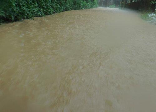 ปภ.เตือน10จังหวัดภาคใต้รับมือฝนถล่มน้ำท่วมคลื่นลมแรง