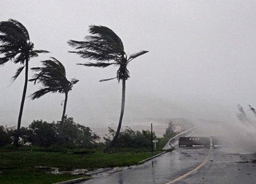 อุตุฯเตือนใต้ยังมีฝนหนักคลื่นลมแรง-กทม.ตก60%