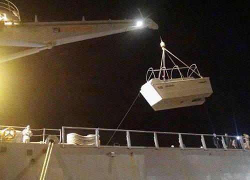 เรือผลักดันน้ำทร.20ลำถึงสงขลามุ่งอ.ปากพนังแก้อุทกภัย