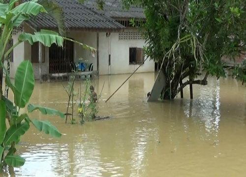 น้ำท่วมอ.เมืองตรังวิกฤติสูงกว่า2ม.กระทบปชช.กว่าหมื่น