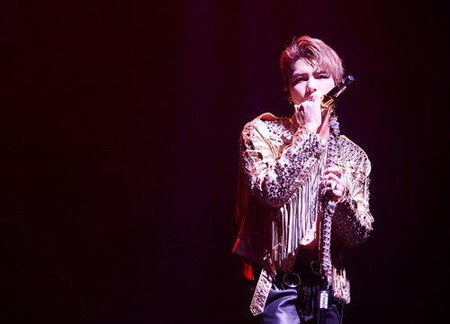 คิมแจจุงระเบิดความมันส์คอนเสิร์ตในไทย