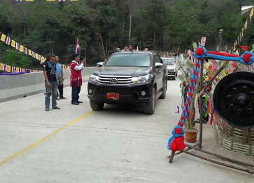 ตากเปิดสะพานข้ามแม่น้ำ-ชาวปากะญอใช้ประโยชน์