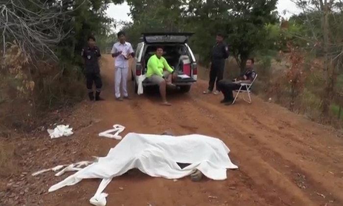 สยอง ชายนิรนามถูกฆ่าโหดเหี้ยม จับศพมัดก้อนหินถ่วงน้ำ