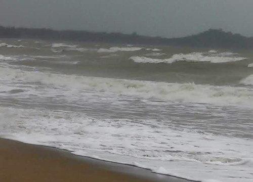 อุตุฯเตือนภาคใต้จะมีฝนต่อเนื่องตกหนักบางแห่งคลื่นสูง