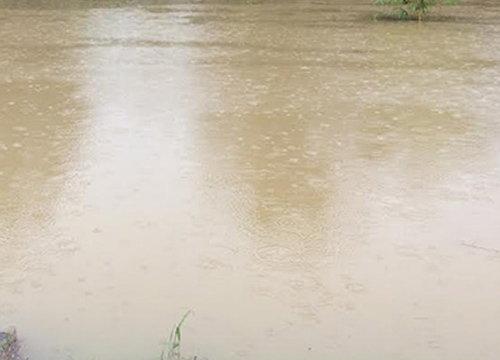 น้ำยังล้นตลิ่งท่วมหลายจุดในจ.ปัตตานี-จับตาฝนใหม่