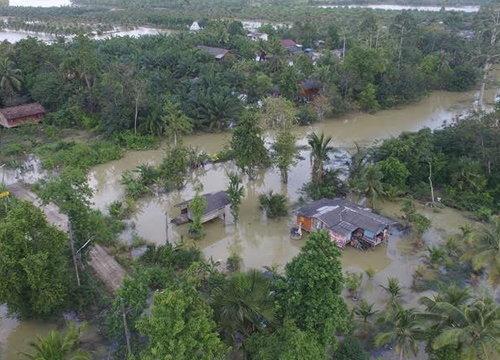 ชาวพัทลุงวอนขอเรือผลักดันน้ำช่วยขณะฝนตกต่อเนื่อง