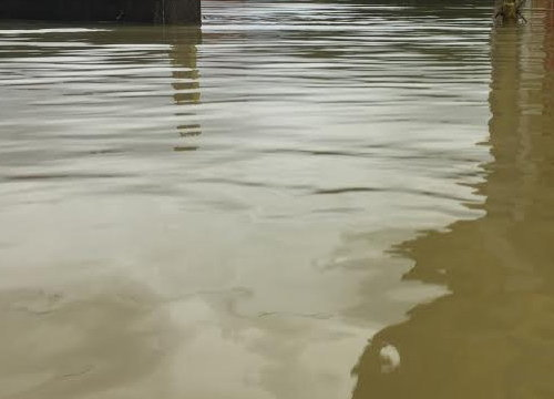 น้ำท่วมร้อยเอ็ด1 เมตร กระทบเกือบ 3 พันคนคาด 10 วันปกติ