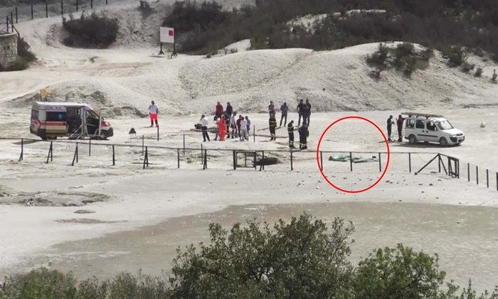 พ่อแม่ลูกตกปล่องภูเขาไฟ ดับ 3 ลูกเล็กอีกคนเห็นเหตุการณ์..รอด