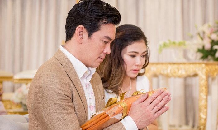 อดีตงานแต่งชาคริต แบบไหนไม่สำคัญ ปัจจุบันธรรมดาคือความรัก