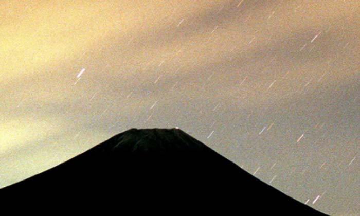สดร.ชวนชมฝนดาวตกลีโอนิดส์คืนนี้
