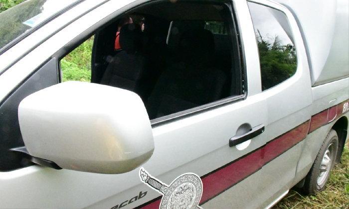 โจรถ้ำหลวงยังอาละวาด ล่าสุด ทุบรถตำรวจ 2 คันรวด ฉกวิทยุสื่อสาร