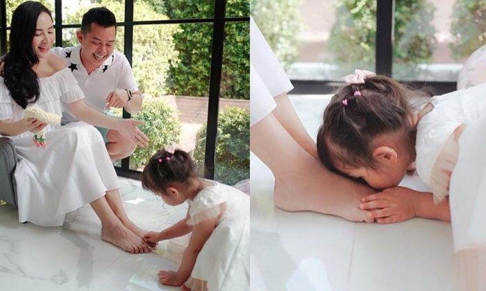 """""""กระแต"""" เผยหัวอกแม่ เหนื่อยแต่คุ้ม """"น้องเจ้าขา"""" หอมเท้า ในวันเกิดอายุ 3 ขวบ"""