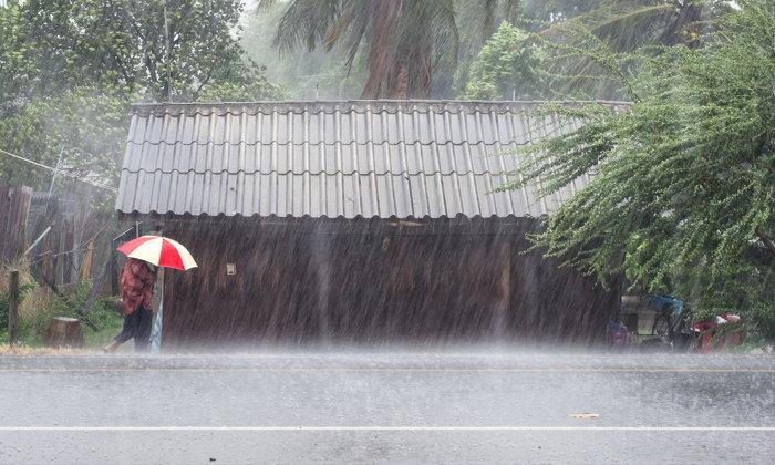 """กรมอุตุฯ เตือนไทยรับมืออากาศแปรปรวน """"ฝนถล่ม-ลมแรง-อุณหภูมิลดฮวบ"""""""