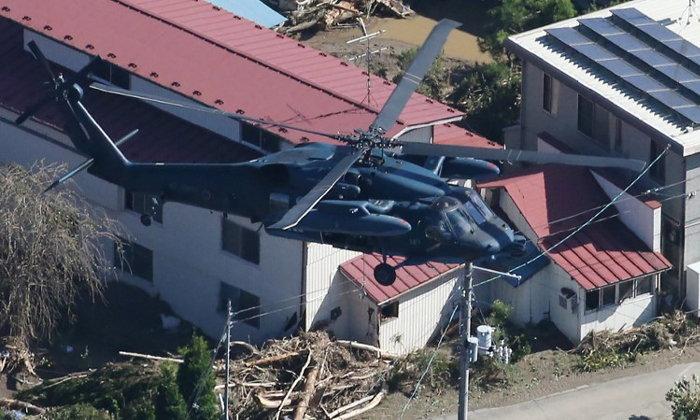 สลด! หญิงชราชาวญี่ปุ่นตกจาก ฮ.กู้ภัยดับ ยอดสังเวยพายุไต้ฝุ่นฮากิบิสพุ่ง 35 ราย