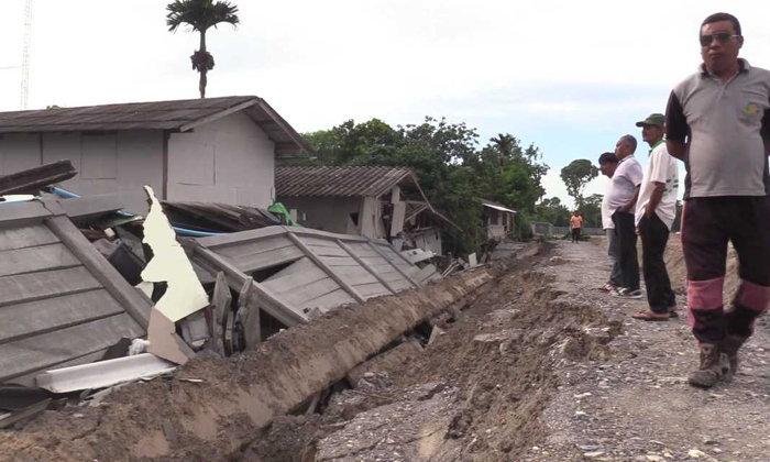 กำแพงถล่มทับบ้าน 5 หลังพัง ชาวบ้านกว่า 20 ชีวิตวิ่งหนีตายรอดหวุดหวิด