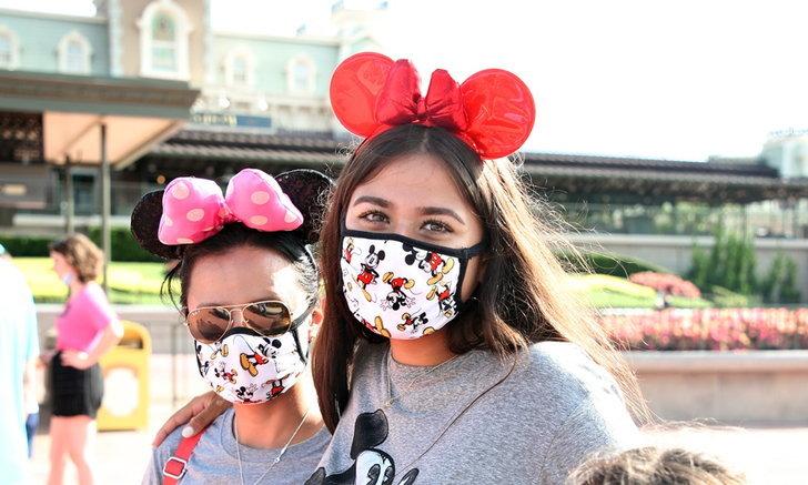 Disney World ฟลอริดา วอนนักท่องเที่ยวสวมหน้ากาก ก่อนเปิดโซนเพิ่มสุดสัปดาห์นี้