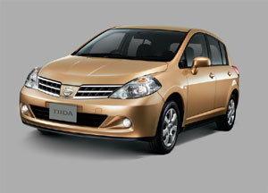 Nissan ได้เปิดตัว TIIDA Hatchback และ TIIDA Latio