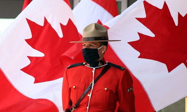"""นายพลแคนาดา """"ลาออก"""" หลังเล่นกอล์ฟกับผู้ต้องสงสัยล่วงละเมิดทางเพศ"""